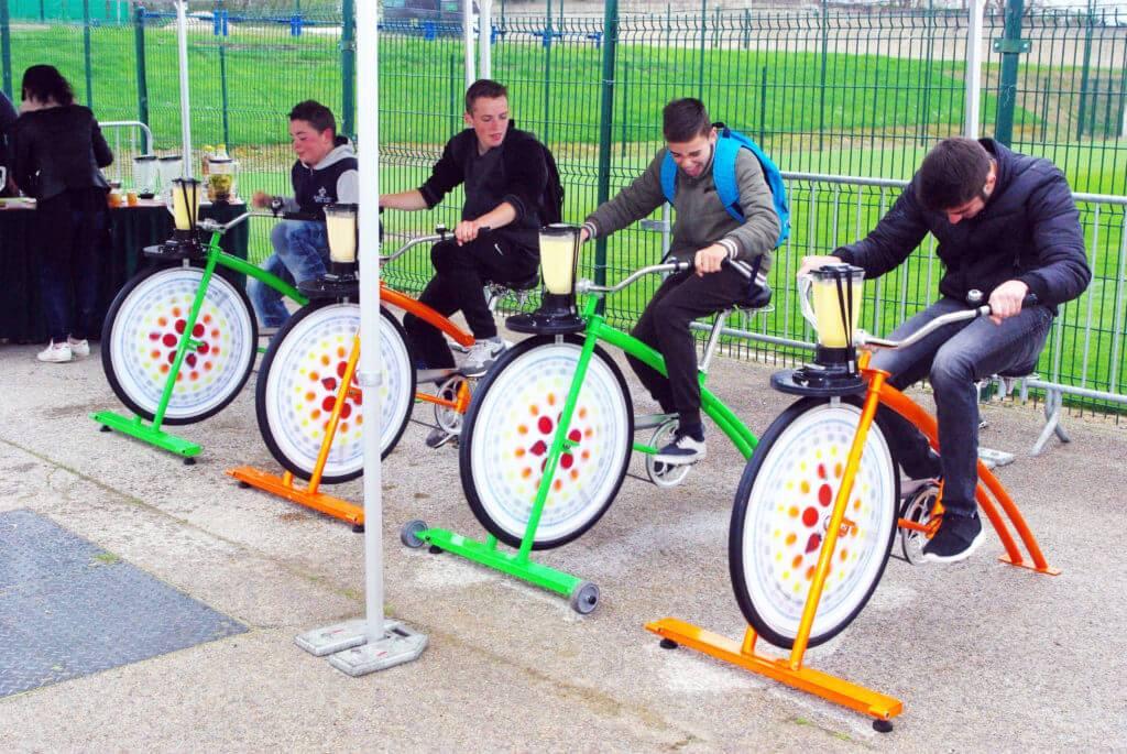 Produire de l'énergie avec un vélo mixeur, sans impacter l'environnement